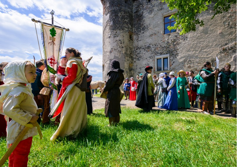 Chynadiyovo, Ukraine - May 27, 2017: medieval culture festival Silver Tatosh. Location St. Miklos Castle. participants getting ready for start